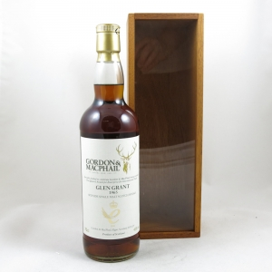 Glen Grant 1965 Gordon and Macphail 44 Year Old (Queen's Award for Enterprise) Front