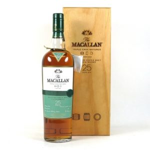 Macallan 25 Year Old Fine Oak front