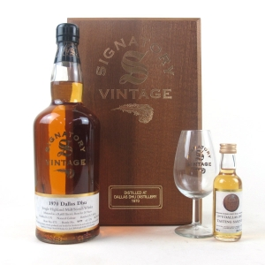 Dallas Dhu 1970 signatory Vintage 30 Year Old / Includes Glass and 5cl