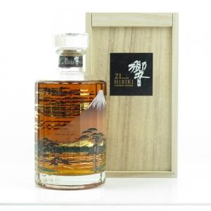 Hibiki 21 Year Old Mount Fuji Limited Edition / Wooden Box