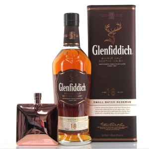 Glenfiddich 18 Year Old Small Batch Reserve / Including Hip Flask