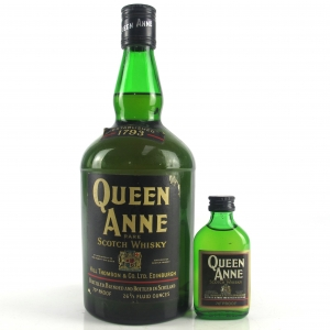 Queen Anne Rare Scotch 1970s / Including Miniature