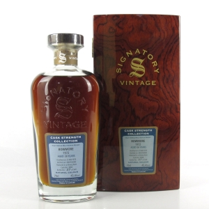 Bowmore 1972 Signatory Vintage 36 Year Old / Cask Strength