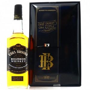 Ezra Brooks Kentucky Straight Bourbon / with Hip Flask