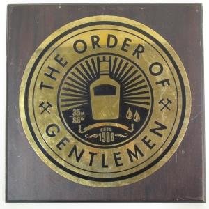 Jack Daniel's The Order of the Gentlemen Wooden Plinth / 398mm x 400mm