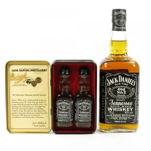 Jack Daniel's Old No.7 70cl and 5cl x 2