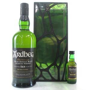 Ardbeg 10 Year Old Gift Pack / Including Uigeadail Miniature 5cl