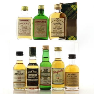 Single Malt Miniature Selection x 8 / includes Dunglass